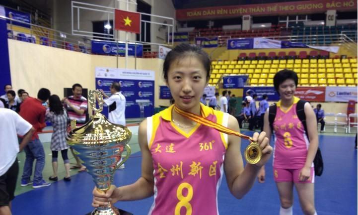 女排世联赛统计榜惊喜连连,丁霞宝刀不老,2米高塔迈向世界级