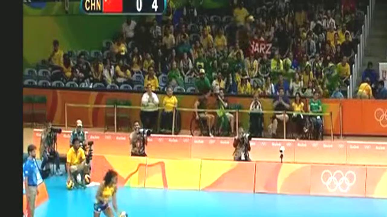 里约奥运,中国女排打巴西,张常宁这一段的表现,真的是打疯了!