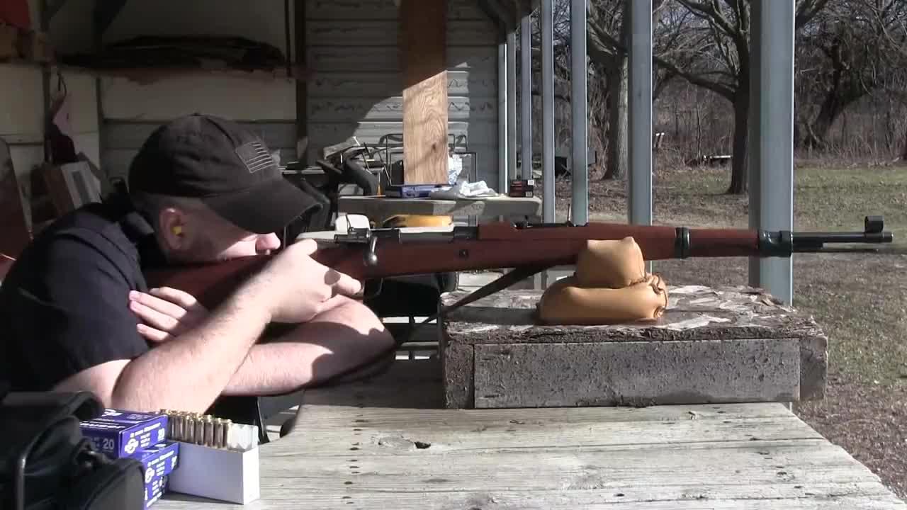 南斯拉夫M48毛瑟步枪,户外靶场射击测试,它是98K的同型枪!