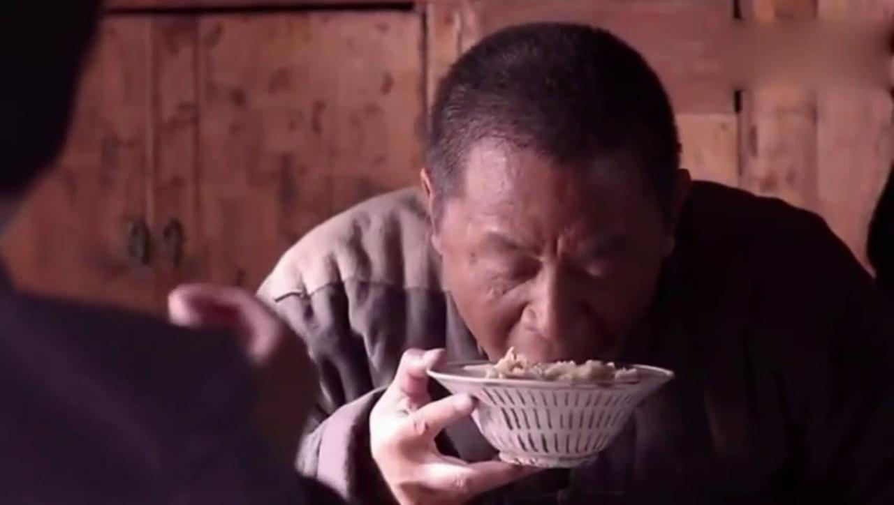 好吃懒做的媳妇蒋欣给陈宝国包饺子吃!对话真好玩