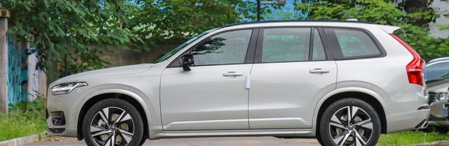 这款豪华SUV长近5米,气质不输宝马X5,百公里6