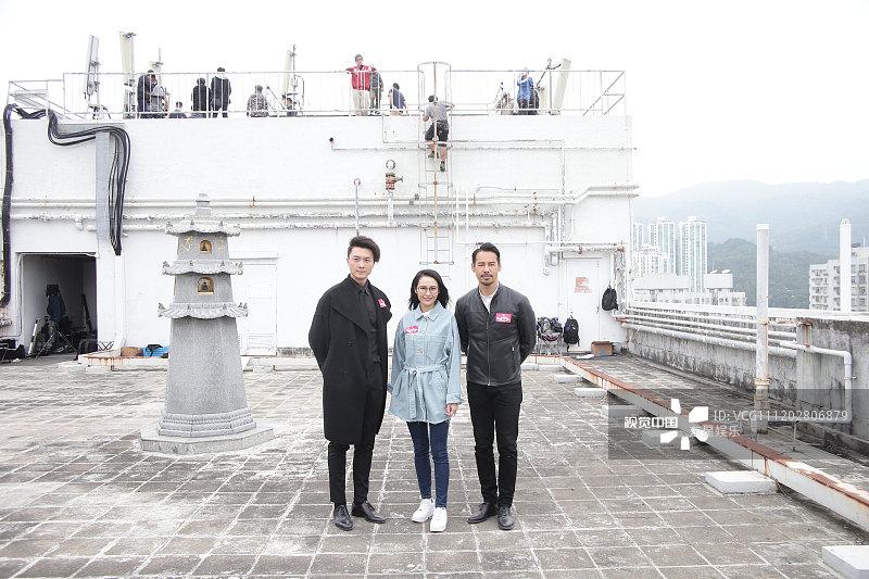 王浩信表情上演现代韦小宝与徐荣天台化身无kaker新剧包图片