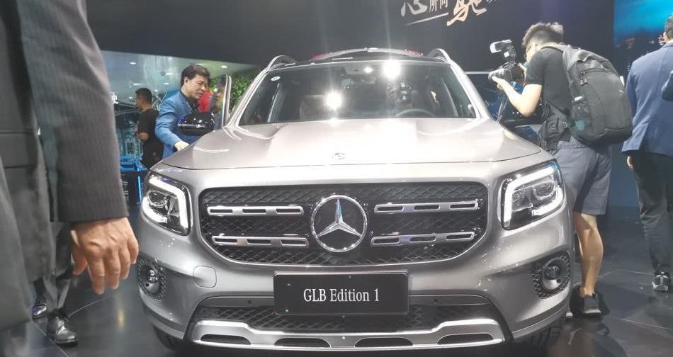 北京奔驰GLB正式上市,售价31.48-35.48万,搭1.3T发动机