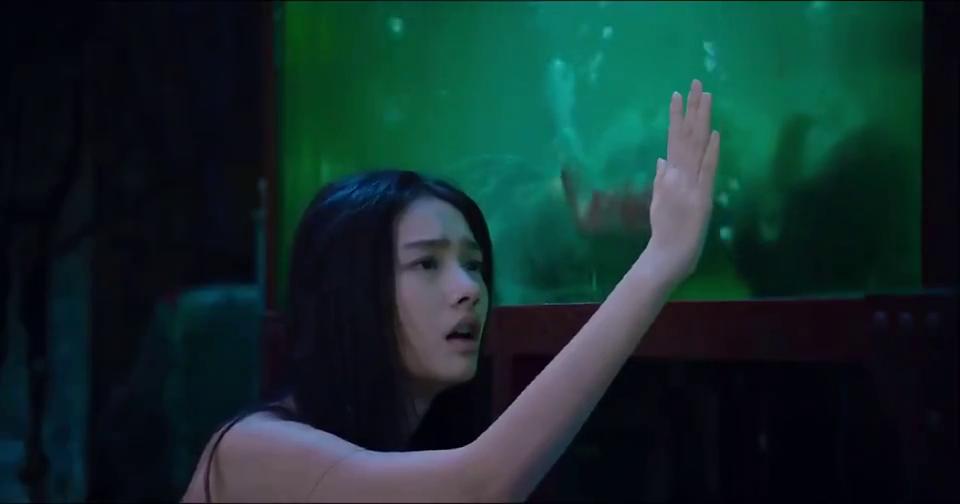 美人鱼:人鱼和人类相爱,老师太说出爱的真理,看完深有感触!