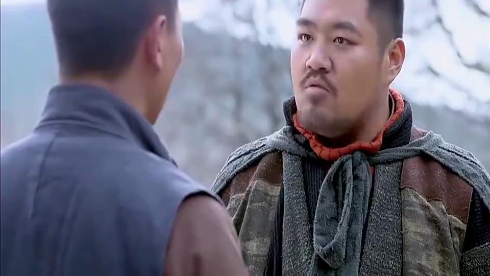 郑三炮够意思,亲自给化龙来挡子弹,不愧是师兄弟
