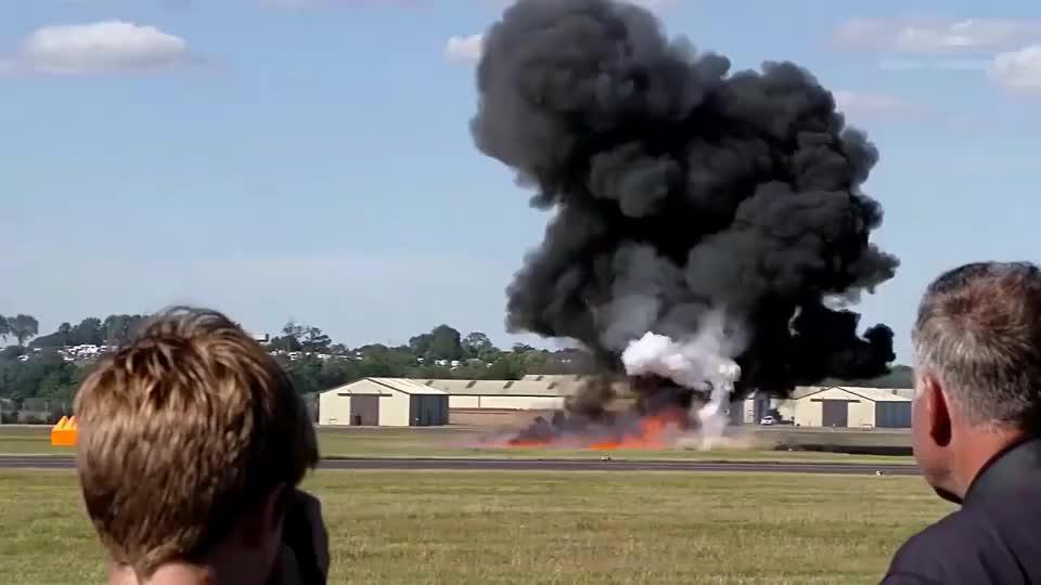 直升机阿帕奇驾驶考试空中翻转是向上一个段位冲刺的考核重点