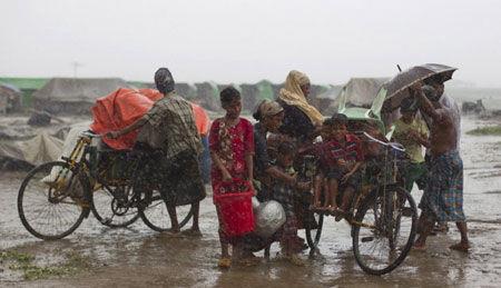 巨大的热带风暴曾使100万人无家可归,它到底是怎么形成的?