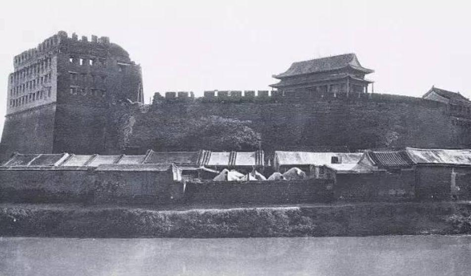 八国联军入侵时的皇城旧照,图3皇帝办公之所,图6光绪被幽禁在此