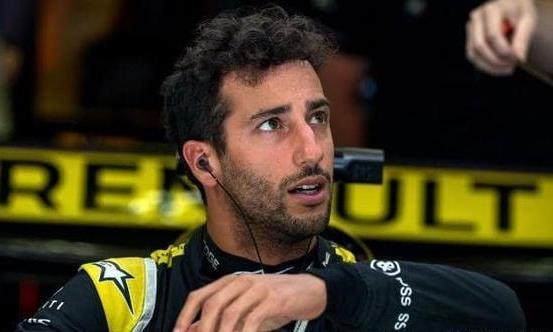 法国大奖赛里卡多最后一圈超车被判违规,无缘积分区