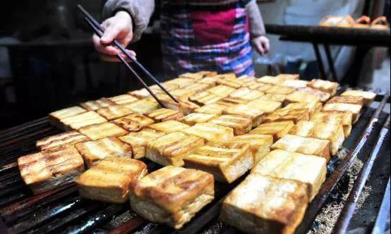 土家别样美食腊豆腐,带你感受浓浓的土家年味儿