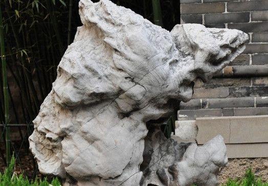 曲阜孔府的奇石欣赏,具有皇家风范,值得一看