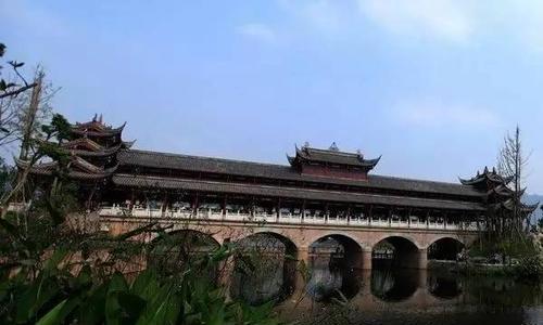 结构牢固,造型大方,湖南衡阳状元桥