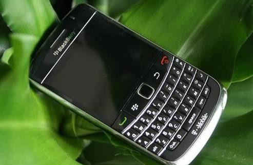 黑莓手机再出新品!曾经高端人士人手一部,现在的你还能容下它吗
