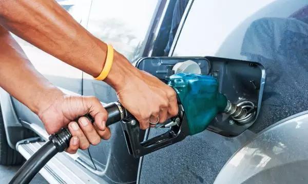 车辆手动模式真的有利于降低油耗?揭开神秘的面纱!