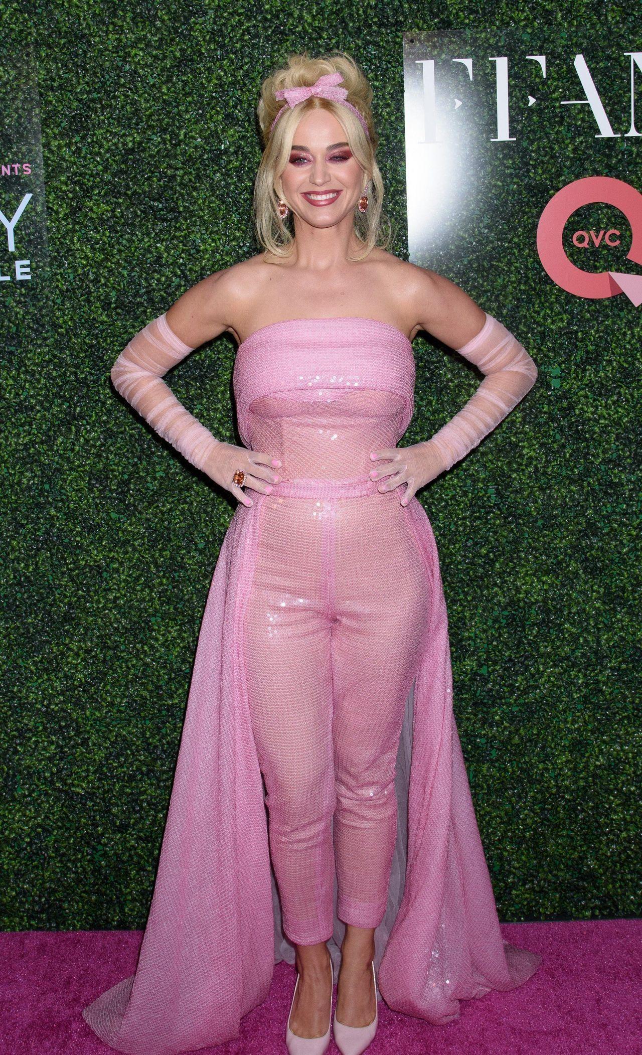 凯蒂·佩里时尚打扮气质飙升 网友:实在是美得没话说!