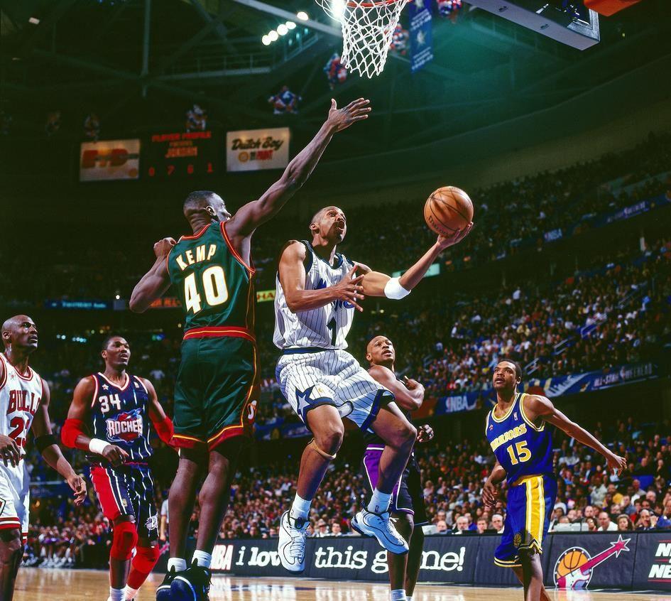 诸神之战!怀念NBA全明星穿自家球衣的时代,这才是神仙打架