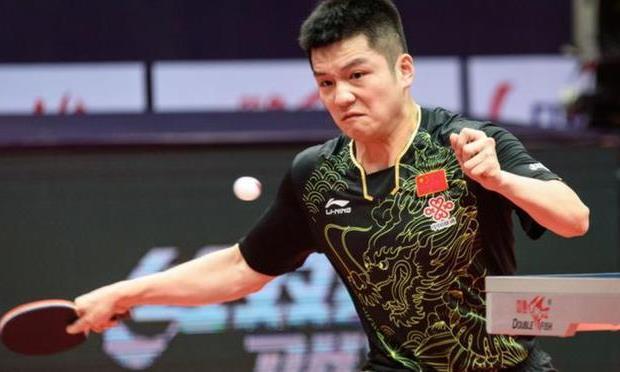 央视杨影点评樊振东:新奥运周期厉害了三年,最后一年突然不行了