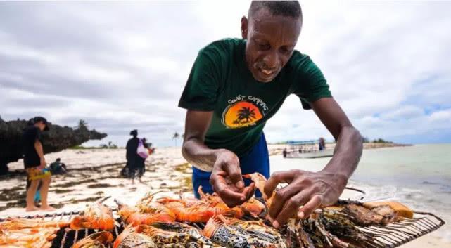 """在非洲,""""穷人只能吃肉,有钱人才能吃蔬菜"""",为什么这么夸张"""
