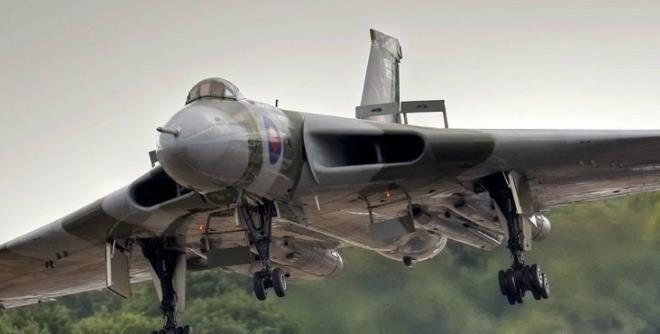 冷战时期英国空军战略轰炸机一火神轰炸机