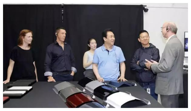 恒大为造车,再招8000名全球精英,被打脸的是贾跃亭?