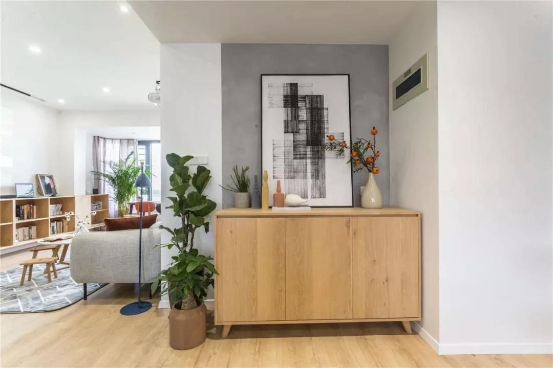还在看电视墙装修效果图 客厅装投影,打造家庭影院