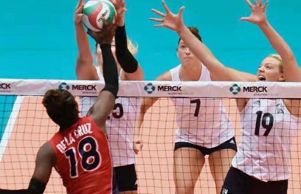 美国女排大胜挺进决赛,多米尼加苦胜东道主,古巴力争落选赛资格