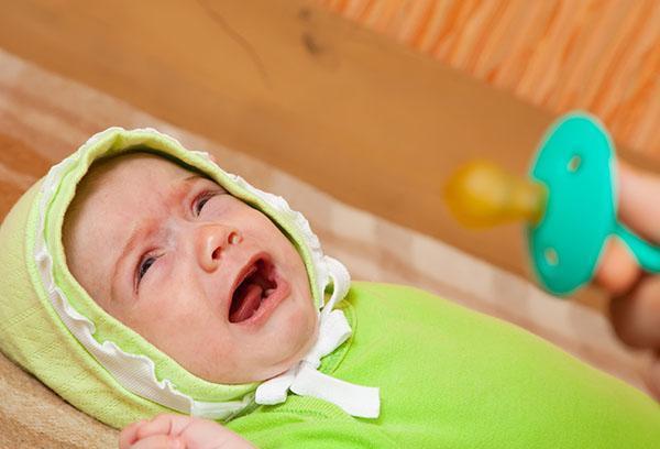 4个月宝宝出现这症状妈妈忽视,1岁查出脑瘫,妈妈后悔莫及