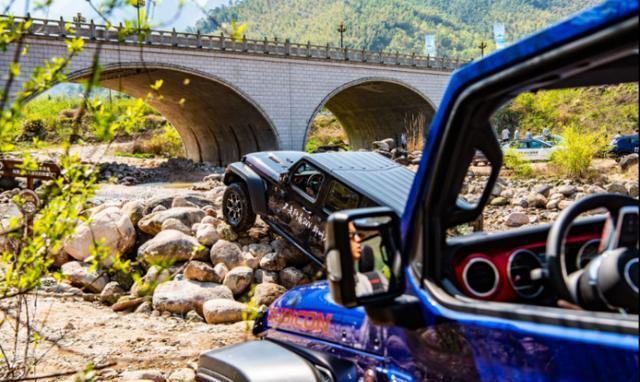 森林露营星空派对Jeep牧马人硬核夏日新玩法