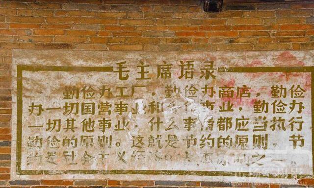 江西吉水县燕坊古村的青砖老屋,明清古建筑群古韵浓郁
