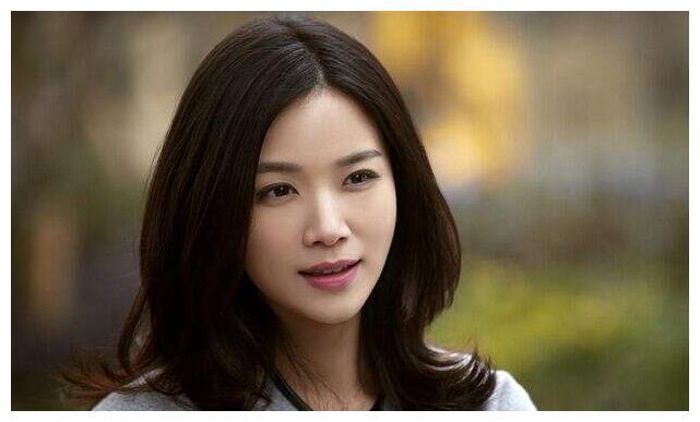 她长相酷似刘涛,与陈思诚相恋多年后被抛弃,今被赵丽颖捧红