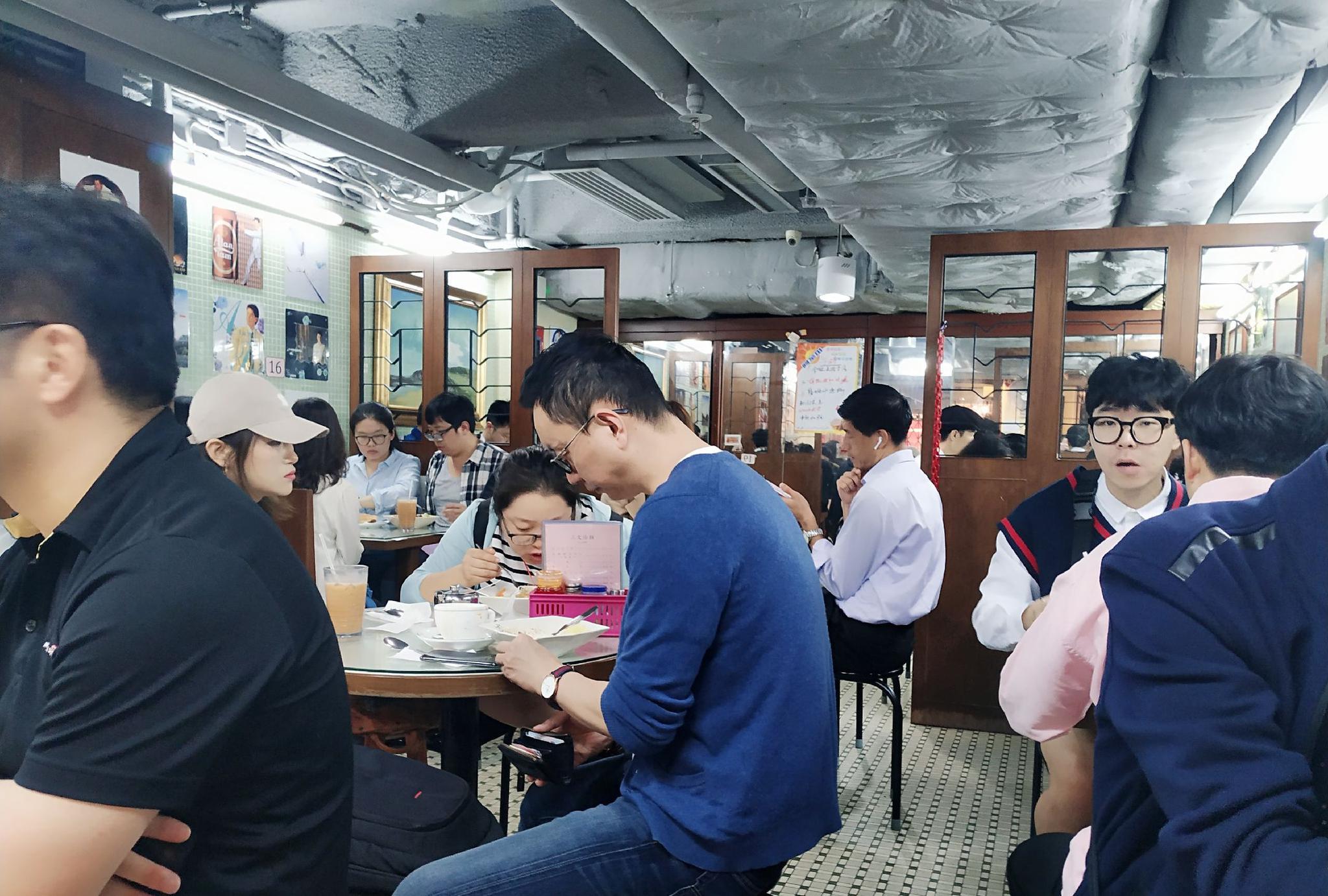 """香港人不愿走入的""""重庆大厦"""",却有着你意想不到的好味道!"""