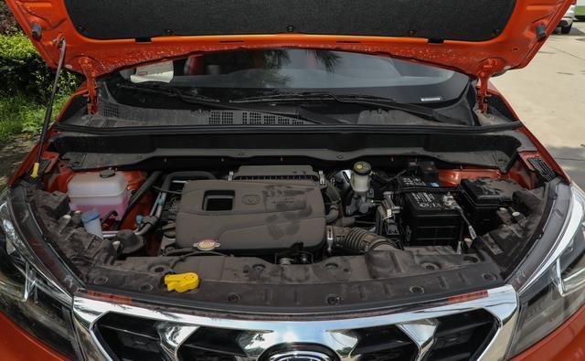 长安全新CS15活力上市 起售价仅5.59万