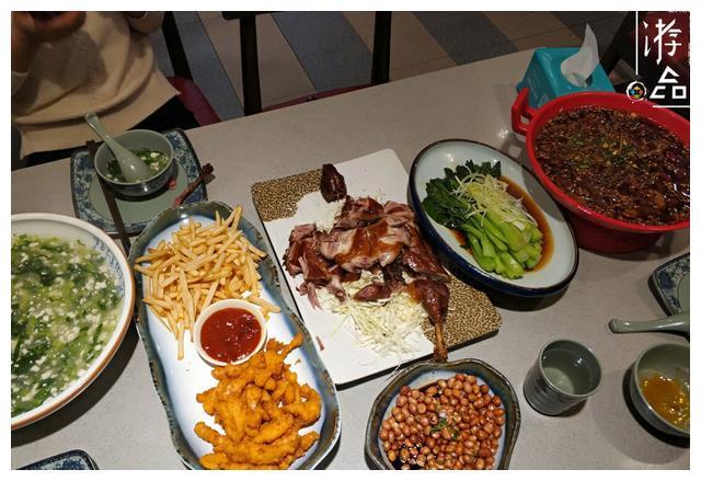 重庆薅羊毛攻略:86元的3人餐,吃到最后还必须打包带走
