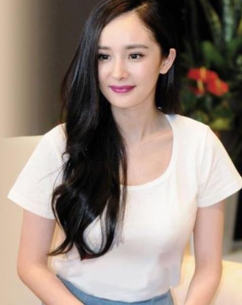 她是杨幂下一代接班人,出道3年全是女主,罗晋邓伦都为她配戏