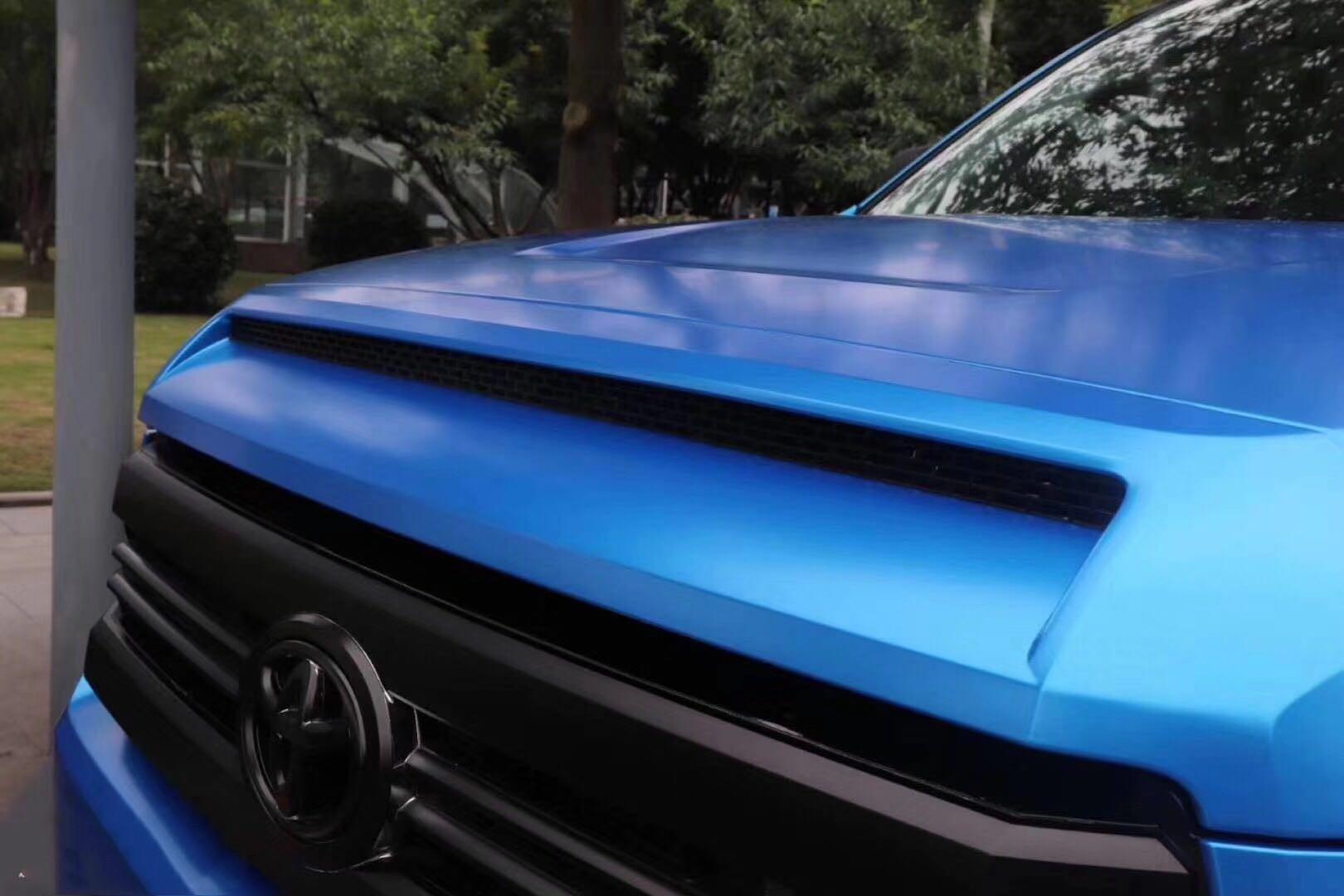 电光蓝色丰田坦途 是最霸气最拉风的