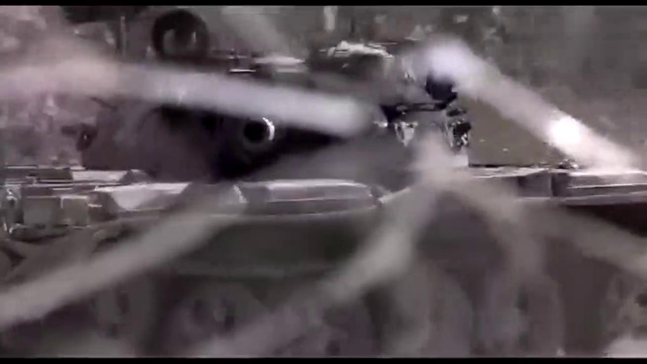 火箭弹神射手,一发火箭钻入坦克炮管