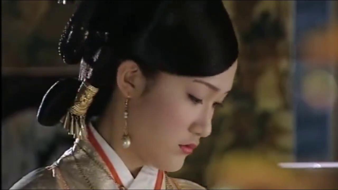 明孝宗已经生命垂危,宁王进献延命仙丹,不料皇后打开一看惊呆了