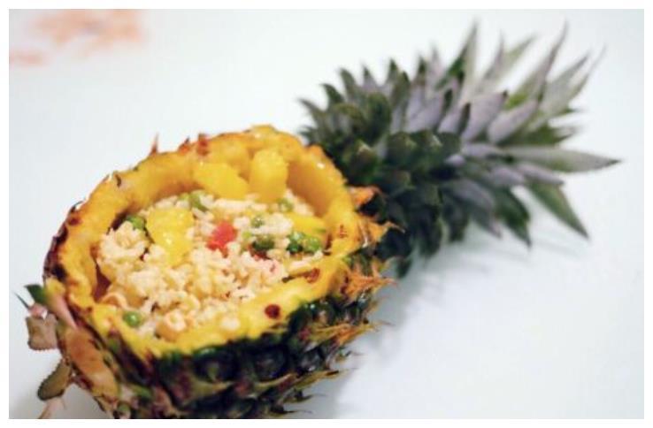 酸甜开胃的——菠萝饭,解密家庭版超级简单的做法,宝宝们最爱吃