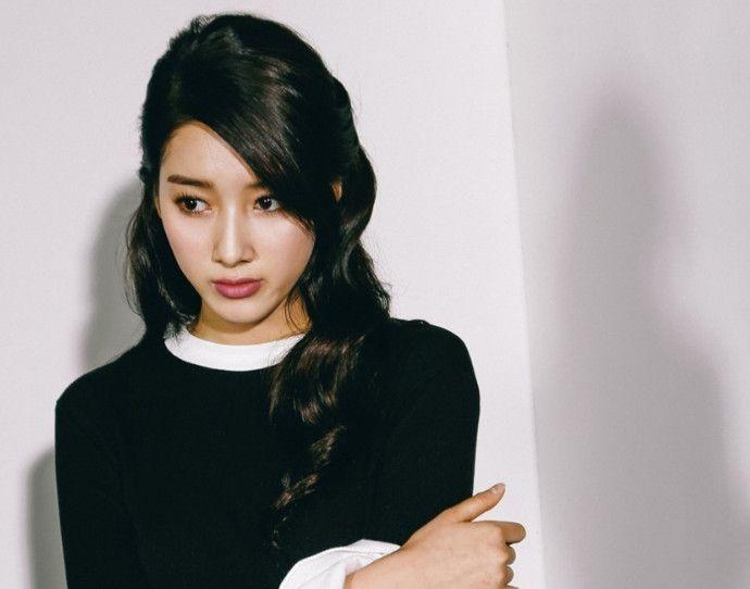 韩女星朱多英百变造型美图照片