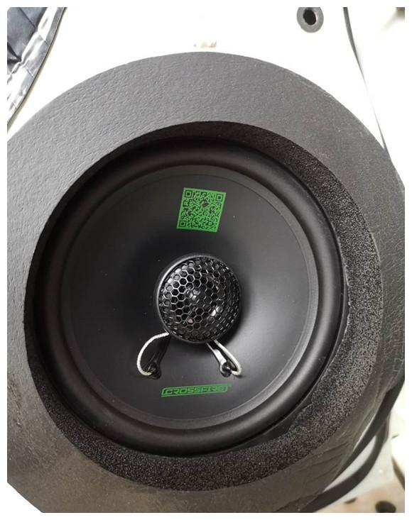怎样低成本打造能听能炸系统?丰田RAV4上了这套音响居然搞定了