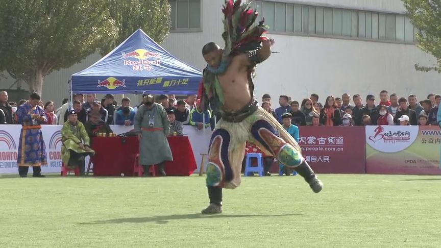 巴雅尔巴特尔和巴图吉日嘎拉争夺蒙古自治区全区搏克争霸赛冠军