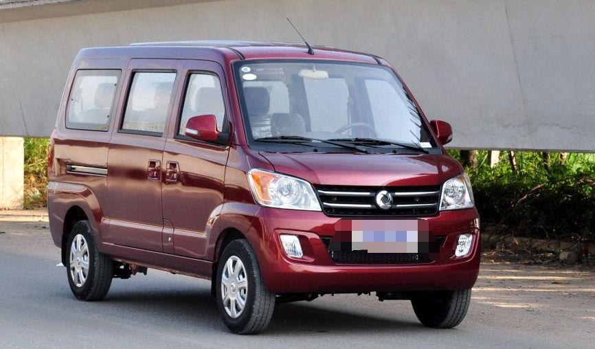 东风汽车-俊风CV03,回头率非常高,搭配流线型的车身