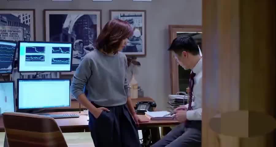 安迪不解,王伯川打电话过来有什么事,樊胜美出现问题了