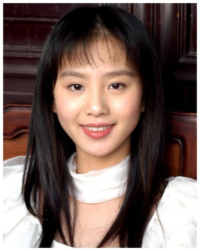 赵丽颖、郑爽等女星的18岁照片 哪一张让你印象最深刻