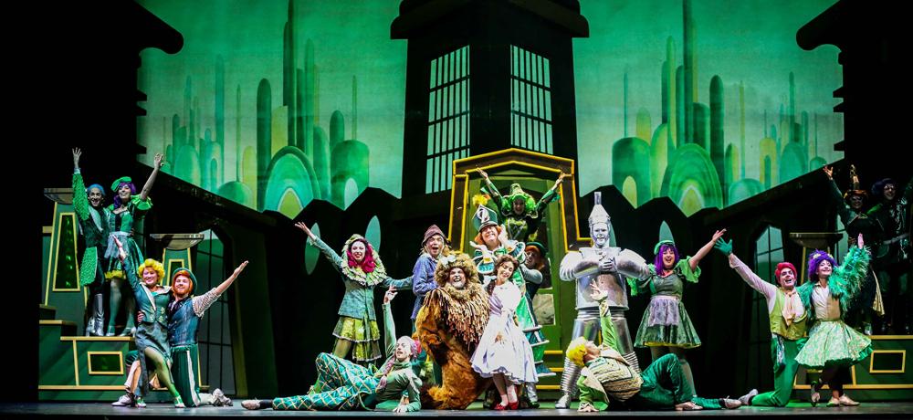 英文原版音乐剧《绿野仙踪》在沪上演 经典回归
