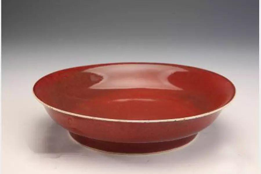 美艳绝伦的红釉瓷