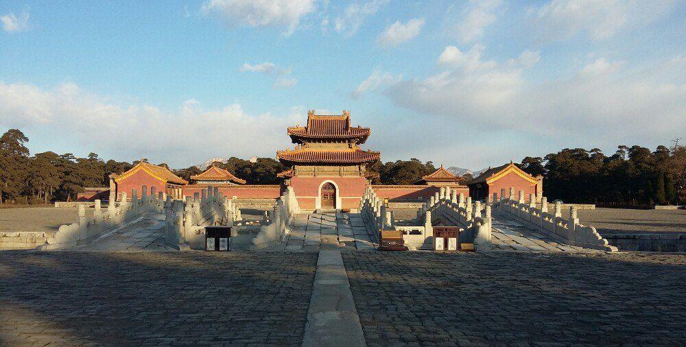 永宁山下的帝王陵寝-清西陵