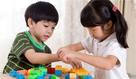 """有智慧的父母,这两件事上教会孩子一定要""""自私""""对孩子影响太大"""