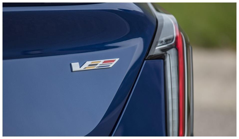 凯迪拉克V系新车亮相,车友:终于明白ATS-L为何跌破20万了