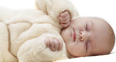 产妇的初乳不能喝吗?辟谣:初乳最有营养,应该一滴不剩!